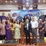 Speaker-Udayana University Lecturers After Stadium General (System Dynamics)-May 14, 2018